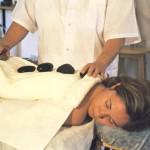 טיפול באבנים חמות - ספא ראש פינה